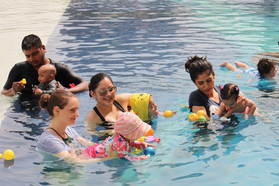 parent and child swimming classes-wonderparenting