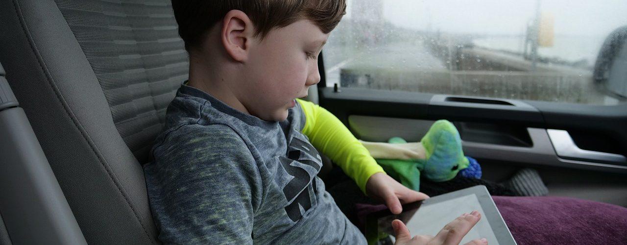 technology-kids-development