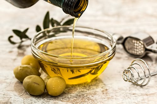 Benefits of Argan Oil for Hair and Skin-wonderparenting